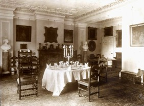 Original dining room at content page size